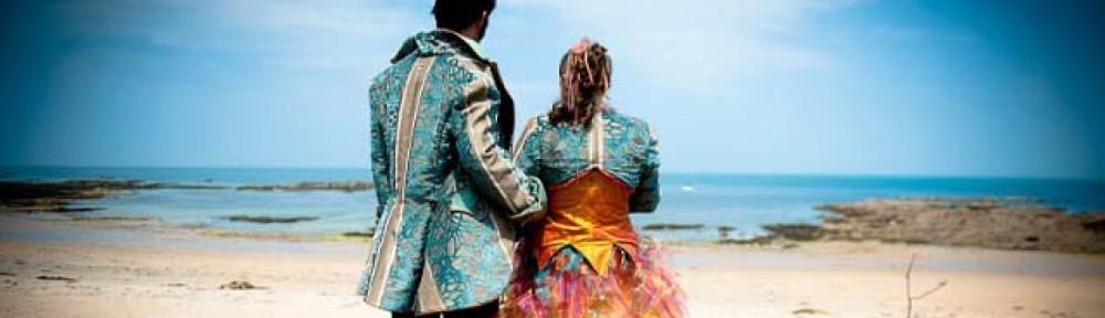 Création de costumes et accessoires fantastiques, échassiers, volume…